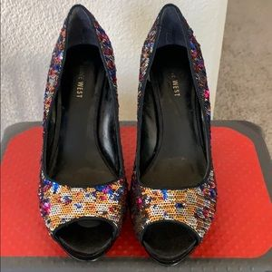 Nine West Sequin Pump - Size 8